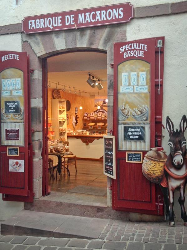 Macarons in Saint-Jean-Pied-de-Port on eatlivetravelwrite.com