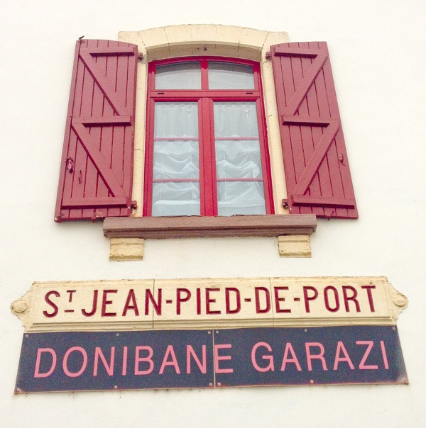 Saint-Jean-Pied-de-Port railway station on eatlivetravelwrite.com