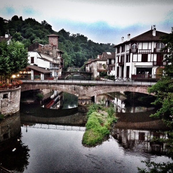 Evening Saint-Jean-Pied-de-Port on eatlivetravelwrite.com