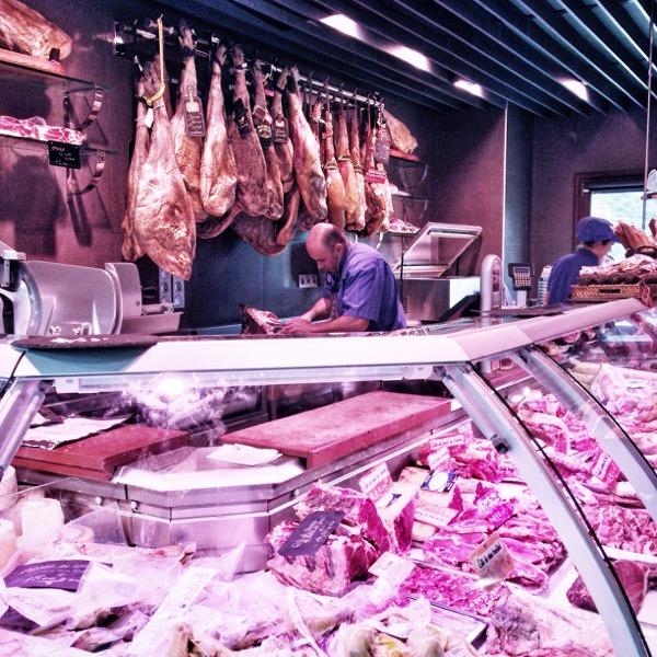 La maison du jambon in Valcarlos on eatlivetravelwrite.com
