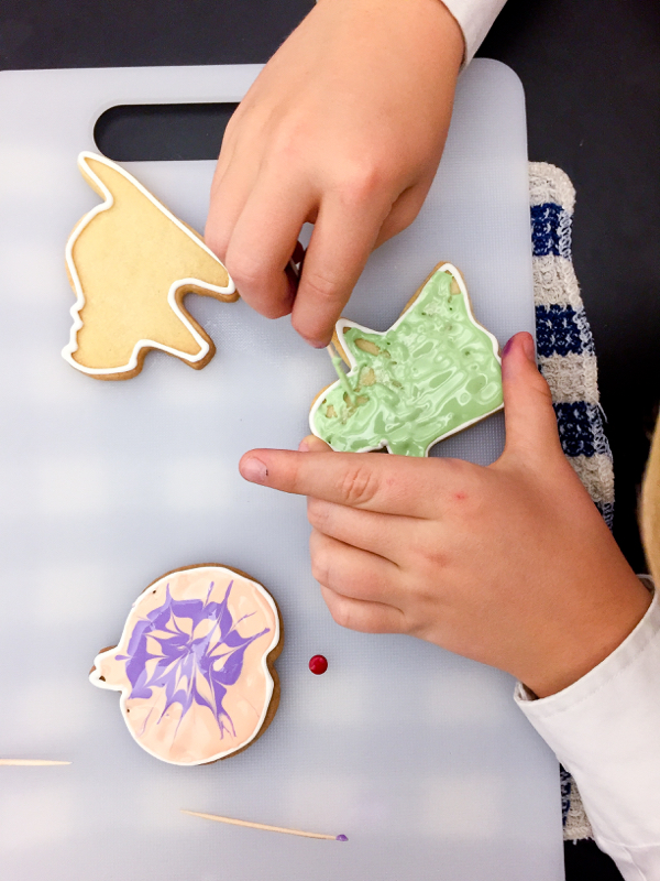 Adell Shneer and Kids decorating cookies on eatlivetravelwrite.com