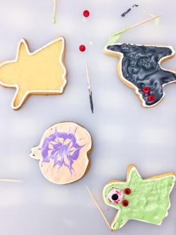 Cookies for Halloween on eatlivetravelwrite.com