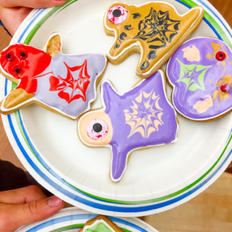 Cookies decorated by kids for Halloween on eatlivetravelwrite.com