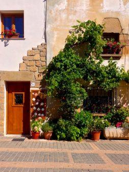 In Villamayor de Montjardin with Camino Travel Center on eatlivetravelwrite.com