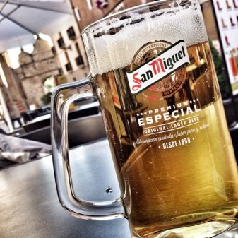 Beers in Los Arcos with Camino Travel Center on eatlivetravelwrite.com