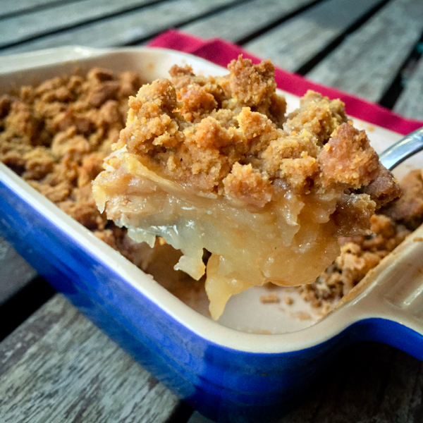 Apple crumble with cookie crumble on eatlivetravelwrite.com