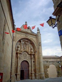 Palacio Pujadas in Viana walking the Camino with Caminon Travel Center on eatlivetravelwrite.com