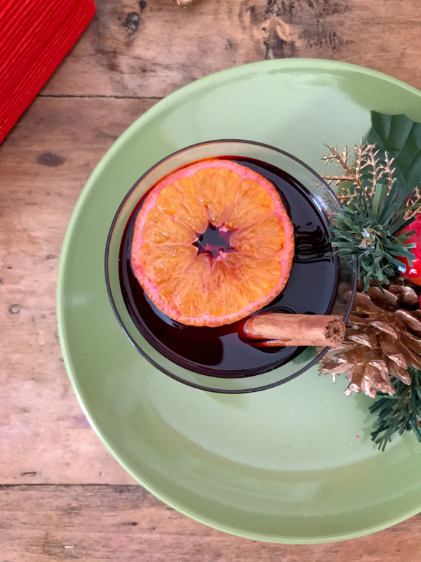 Mulled wine vin chaud on eatlivetravelwrite.com