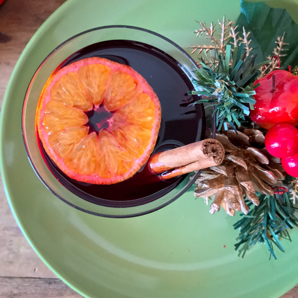 Mulled wine vin chaud recipe on eatlivetravelwrite.com