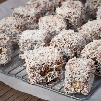 Mini lamingtons on eatlivetravelwrite.com