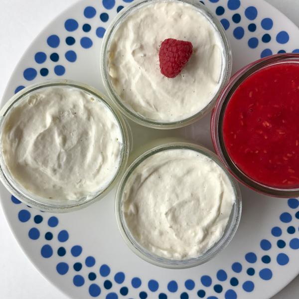 No bake mini cheesecake pots on eatlivetravelwrite.com
