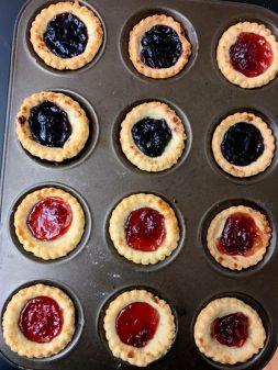 Jam tarts by kids on eatlivetravelwrite.com
