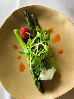 Asparagus starter at Mt Julian restaurant at Viamede Resort on eatlivetravelwrite.com