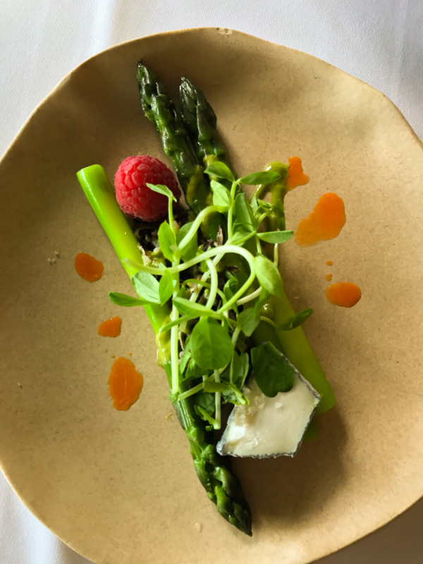 Asparagus starter at Mt Julian restaurant at Viamede Resort on eatlivetravelwrite.com