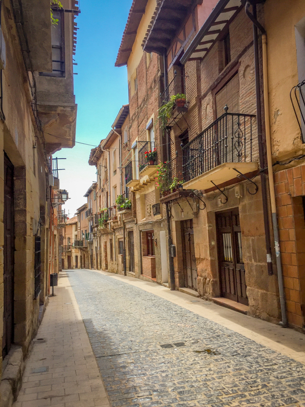 Walking around in Navarrete on Camino de Santiago on eatlivetravelwrite.com