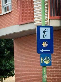 Confusing signs on the Camino de Santiago from Navarrete to Najera on eatlivetravelwrite.com