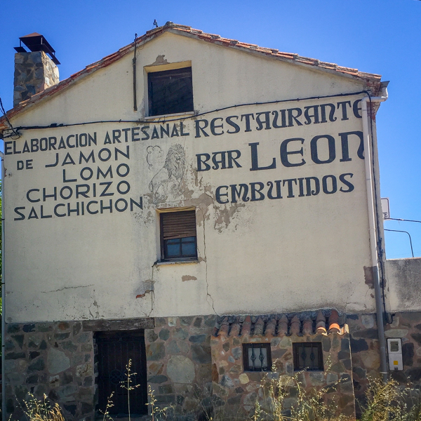 Bar Leon on the Camino de SAntiago on eatlivetravelwrite.com