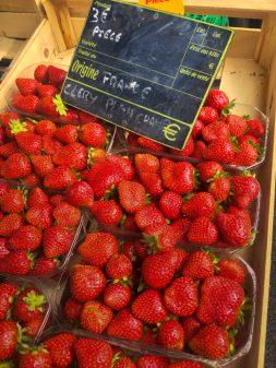Strawberries in Vic Fezensac market on eatlivetravelwrite.com