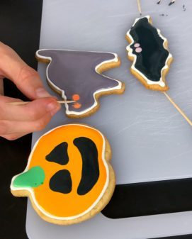 Kids Halloween cookies with Adell Shneer on eatlivetravelwrite.com
