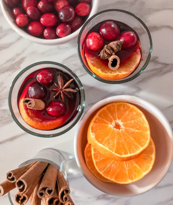 Mulled wine in a slow cooker on eatlivetravelwrite.com