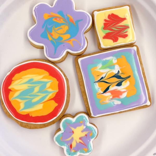 7 Kids decorating cookies with Adell Shneer on eatlivetravelwrite.com