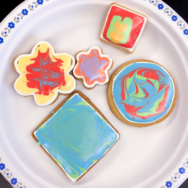 10 Kids decorating cookies with Adell Shneer on eatlivetravelwrite.com