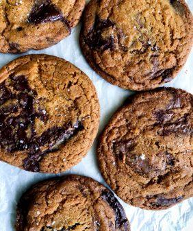 Jackie Kai Ellis chocolate chip cookies on eatlivetravelwrite.com