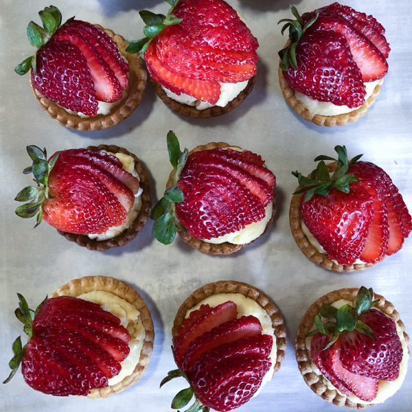 Mini strawberry tartlets on eatlivetravelwrite.com