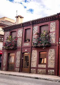 Pretty building in Mansilla walking from El Burgo Ranero to Mansilla de las Mulas with Camino Travel Center on eatlivetravelwrite.com