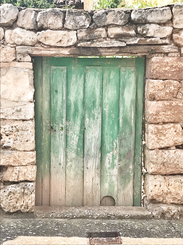 Old Green Door in Hornillos del CaminoWalking from Burgos to Hornillos del Camino with camino Travel Center on eatlivetravelwrite.com