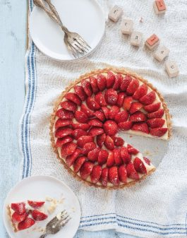 Tarte aux fraises from In the French kitchen with kids on eatlivetravelwrite.com