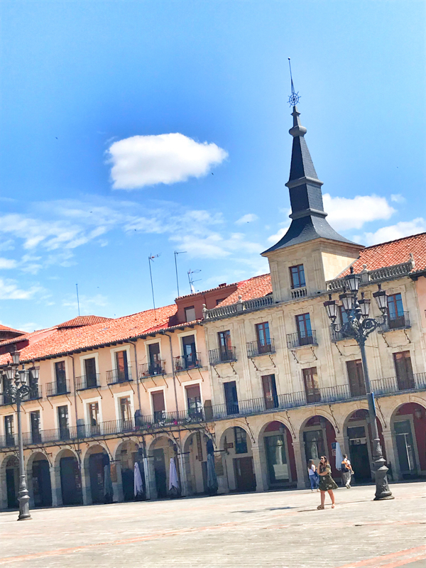 Plaza Mayor in Leon walking the Camino de Santiago Mansilla de las Mulas to Leonon eatlivetravelwrite.com