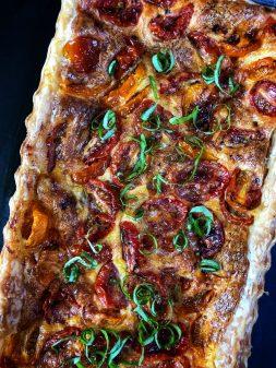 Easy roasted tomato quiche recipe on eatlivetravelwrite.com