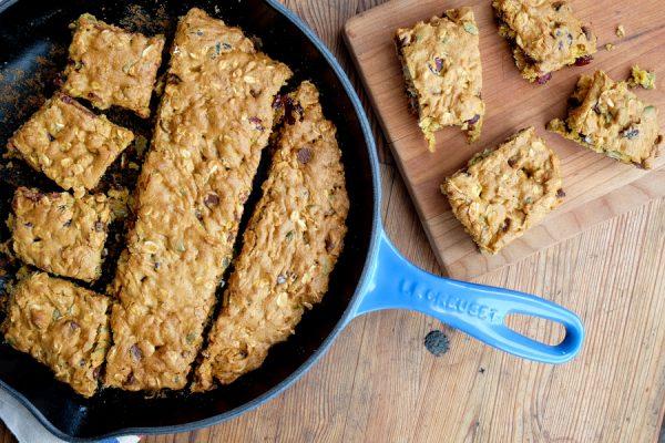 Sliced Pumpkin Granola Snack Cake Le Creuset Blueberry Skillet on eatlivetravelwrite.com