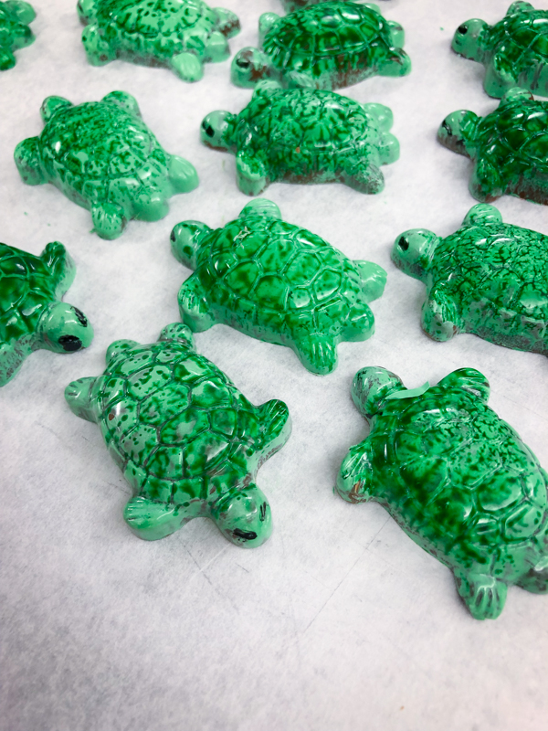 Chocolate turtles for the holidays with Kerry Beal on eatlivetravelwrite.com