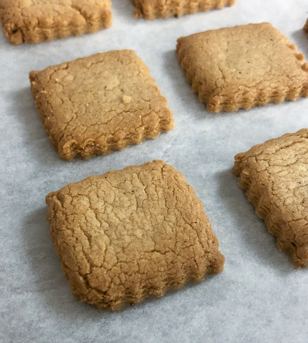Speculoos cookies for the holidays on eatlivetravelwrite.com