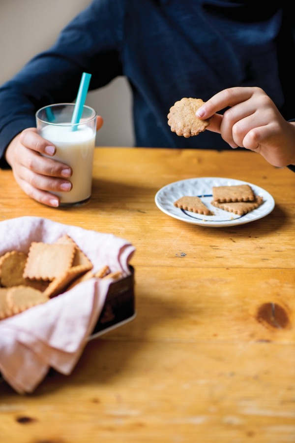 Speculoos cookie recipe on eatlivetravelwrite.com