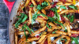 Cheesy one pan ratatouille pasta