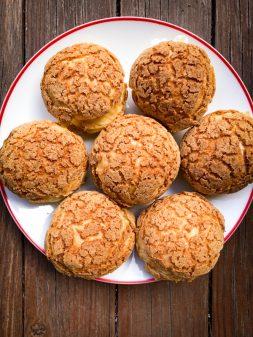 Crackle Top Cream Puffs for Tuesdays with Dorieon eatlivetravelwrite.com