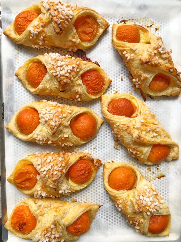 Just baked Oreillettes Oranais aux abricots on eatlivetravelwrite.com