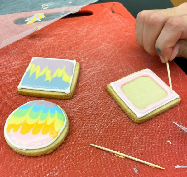 Flooding icing when decorating sugar cookies with Adell Shneer on eatlivetravelwrite.com