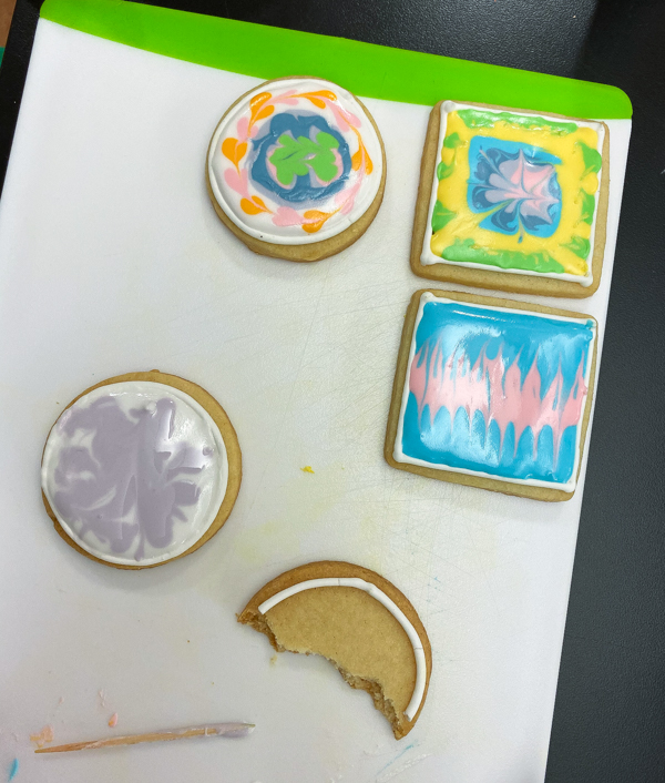 Completed work decorating sugar cookies with Adell Shneer on eatlivetravelwrite.com