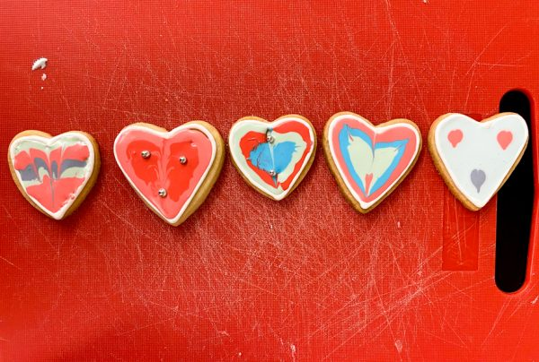 Finished product - decorated sugar cookies with Adell Shneer on eatalivetravelwrite.com