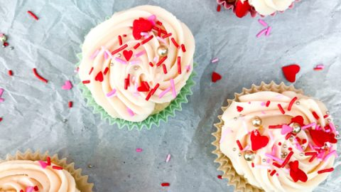 Strawberry yoghurt cupcakes with cream cheese frosting
