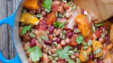 Vegetarian chili with roasted squash