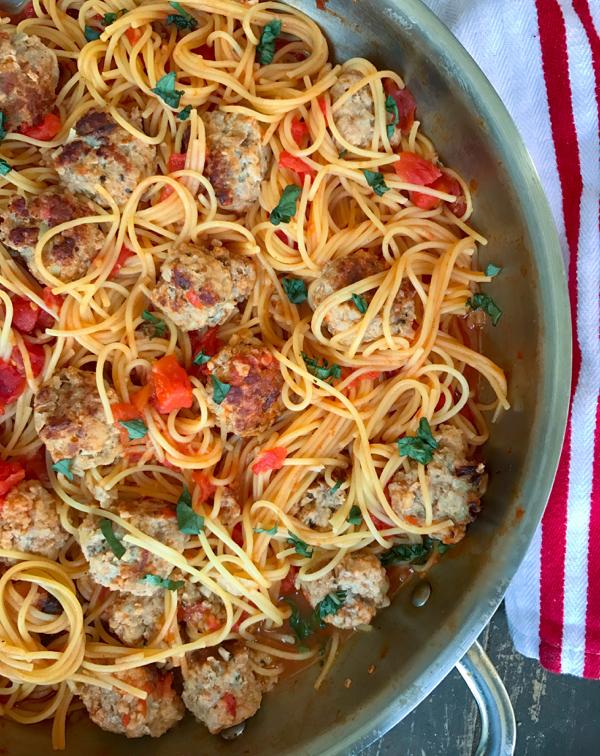 One pan spaghetti and meatballs