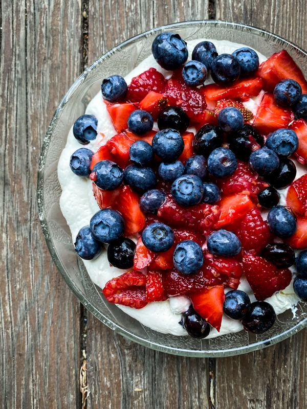 No-Bake Mixed Berry Cheesecake Trifle