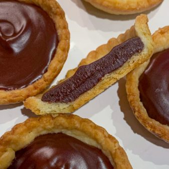 Cross section of a mini chocolate tart