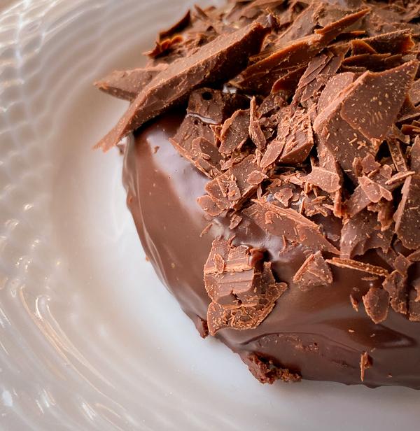 Close up of mini Carrement Chocolate Cake