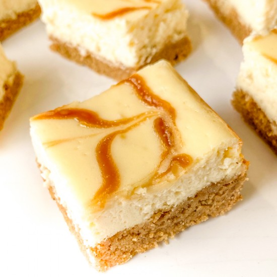 Closeup of a Speculoos Cheesecake Bar